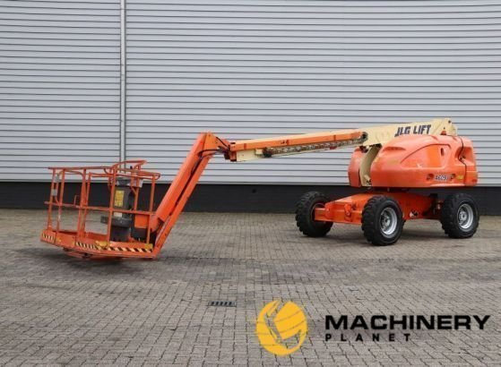 Used_Articulated_Boom_Lifts_For_Sale